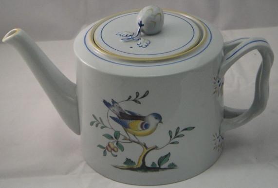 Spode Queens Bird Teapot