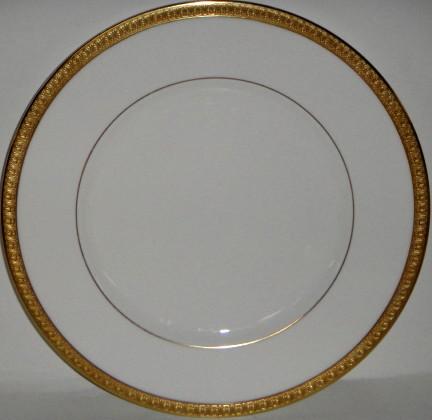 & Royal Doulton Royal Gold Dinner Plate